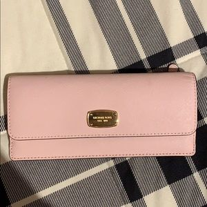 Michael Kors Light Pink Wallet